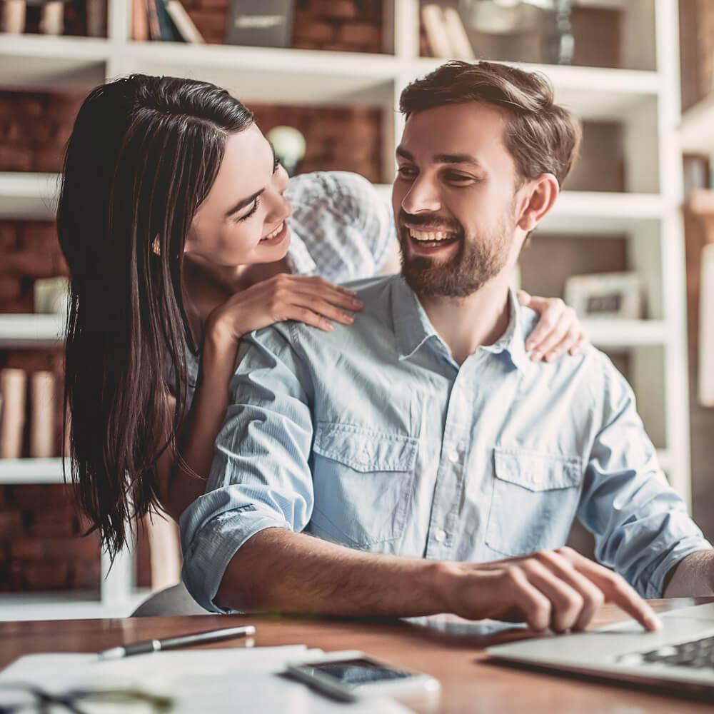 Couple receiving financial advice
